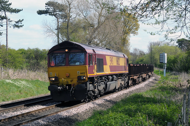 EWS Class 66, No. 66 122 slows for Whitacre Junction with 6V92, the Corby to Margam, empty BBA steel train.