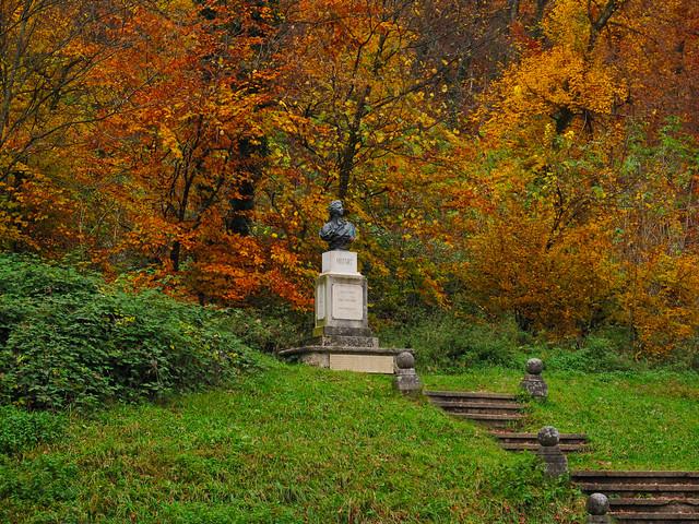 Mozart's statue in autumn