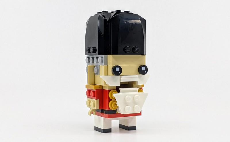40425: Nutcracker LEGO BrickHeadz Review