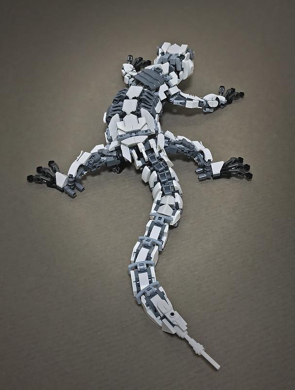 LEGO Mecha Gecko-09