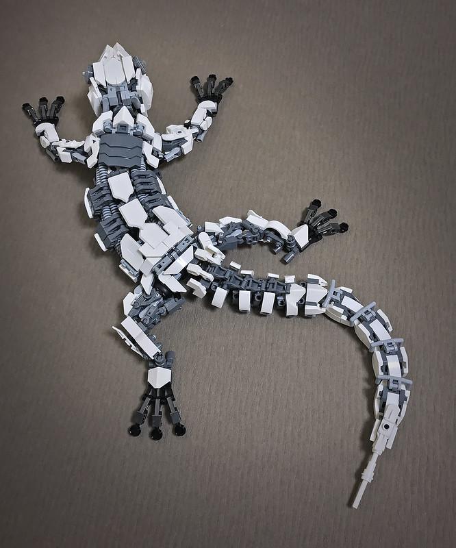 LEGO Mecha Gecko-06