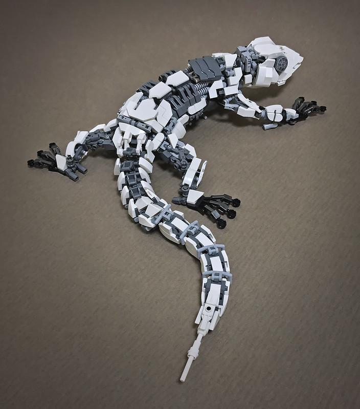 LEGO Mecha Gecko-03