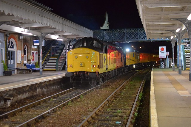 Colas 37099 top n tail with 37254 on the Cambridge - Cambridge via East Anglia Network Rail Track Measurement Train, disappearing into the dark Suffolk night at Woodbridge. 13 11 2020