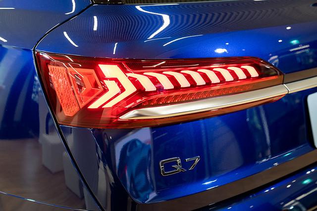 Audi Q7_4