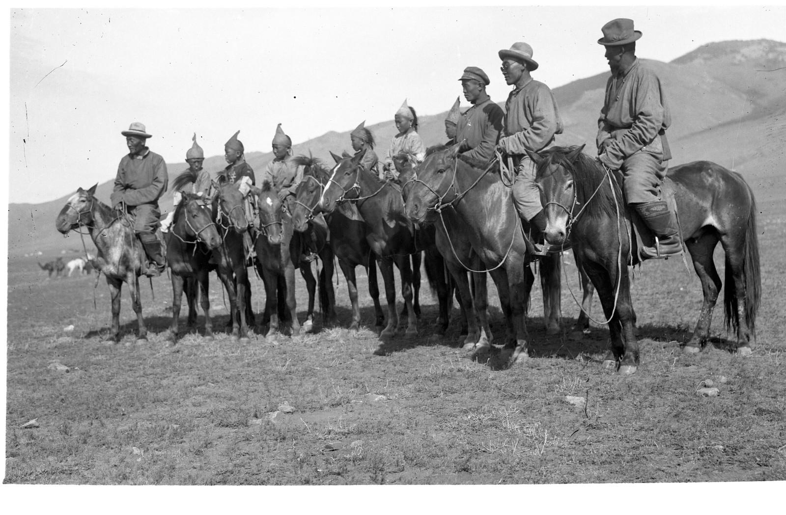 1930-е. Празднование Октябрьской революции в Улан-Баторе (5)