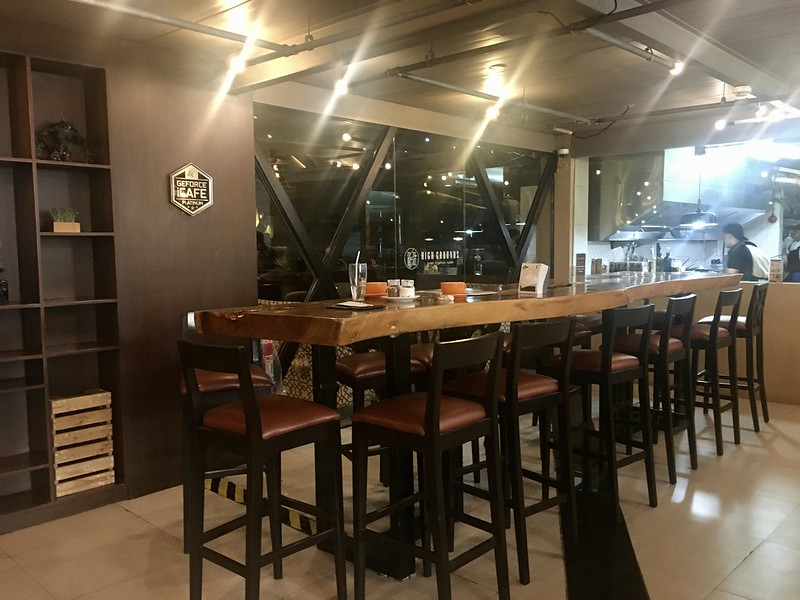 High Grounds Cafe, Tomas Morato