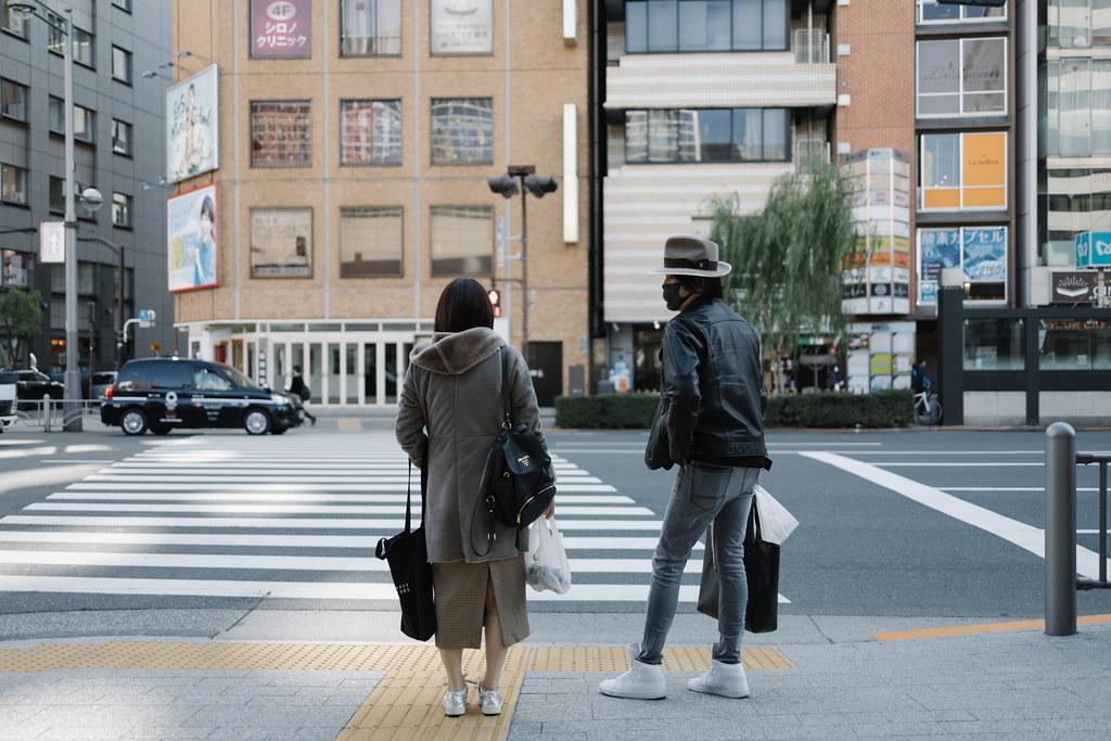 信号待ち 2020/11/13 IMG_0237