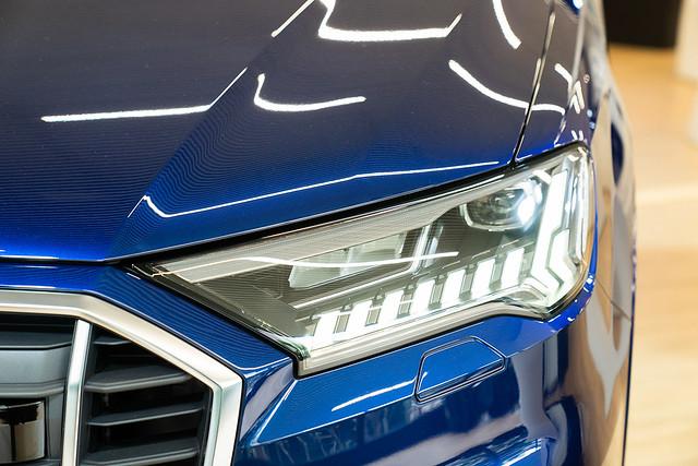 Audi Q7_2