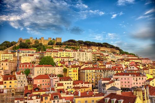 lisbon lisboa portugal castle alfama castelo sunset goldenhour cityscape landscape