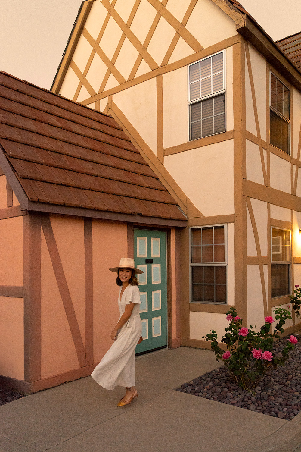 07solvang-california-roadtrip-travel-danish-architecture