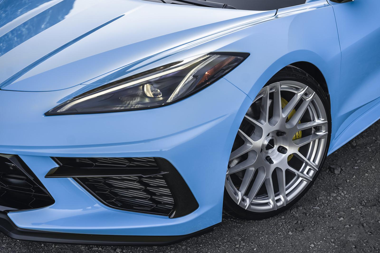 2020_Chevrolet_Corvette_C8_Rapid_Blue_BDF12_Brushed_Silver_6