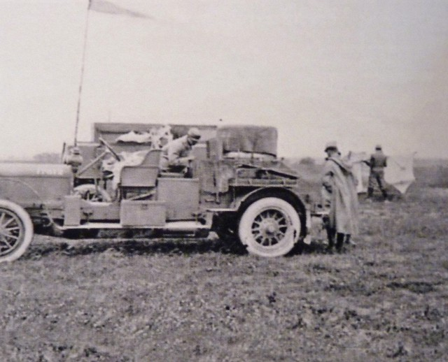 Véhicule cerfs-volants Saconney Saint-Cyr Bas Anciens Aérodromes