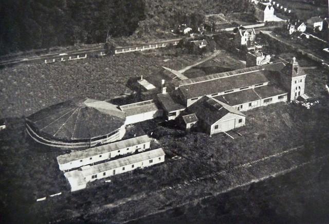 Installations Saint-Cyr Bas Anciens Aérodromes