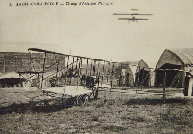 Les hauts de Saint-Cyr-l'École champ d'aviation militaire Anciens Aérodromes aéroplanes Farman