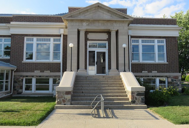 Carnegie Library (Francesville, Indiana)