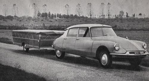 Postcard Citroën ID19 + Caravane Pliante Collection l'Automobile-Magazine 1965a