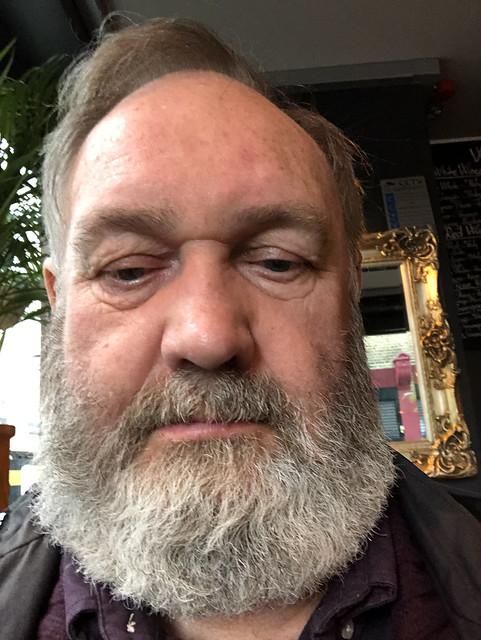 IMG_2374 The Duke of Wellington English Pub Toynbee Street London Petticoat Lane Sunday Street Market MGS Selfie with his Ernest Hemingway Beard