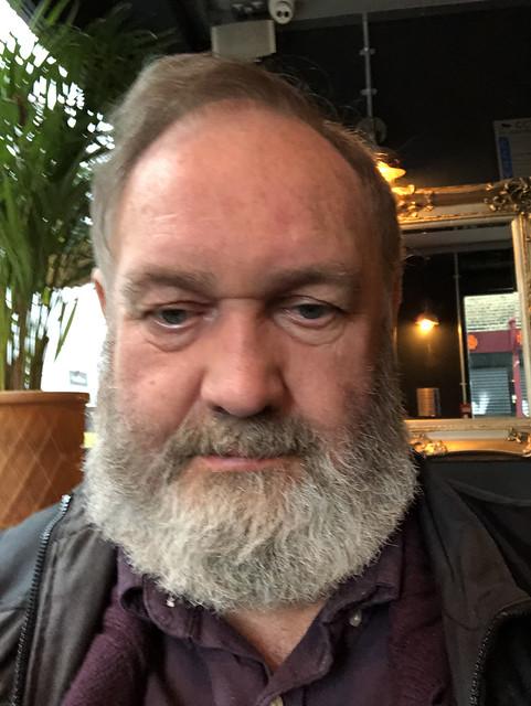 IMG_2373 The Duke of Wellington English Pub Toynbee Street London Petticoat Lane Sunday Street Market MGS Selfie with his Ernest Hemingway Beard