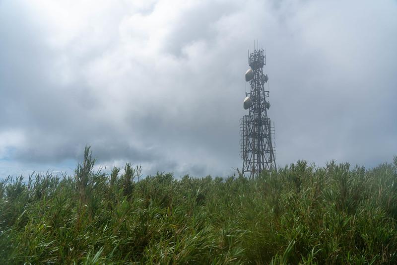 於茂登岳の電波塔