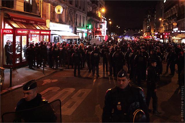 Acte 52 des Gilets jaunes ✔ Paris le 9 nov. 2019 IMG191109_069_©2019   Fichier Flickr 1000x667Px Fichier d'impression 5610x3740Px-300dpi