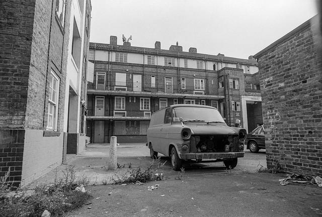 Lavender House, Amos Estate, Rotherhithe St, Rotherhithe, Southwark, 1984 84-8i-03