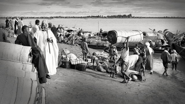Mopti's bustling river port