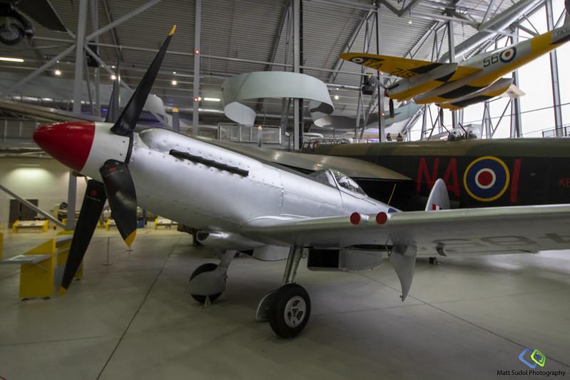 Supermarine Spitfire F.24