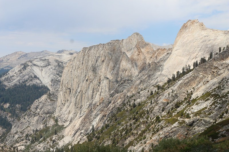 Zoomed-in view of Valhalla (Angel Wings and Cherubim Dome) from the High Sierra Trail