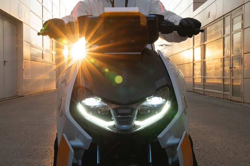 BMW-Motorrad-Definition-CE-04-near-series-electric-scooter-3