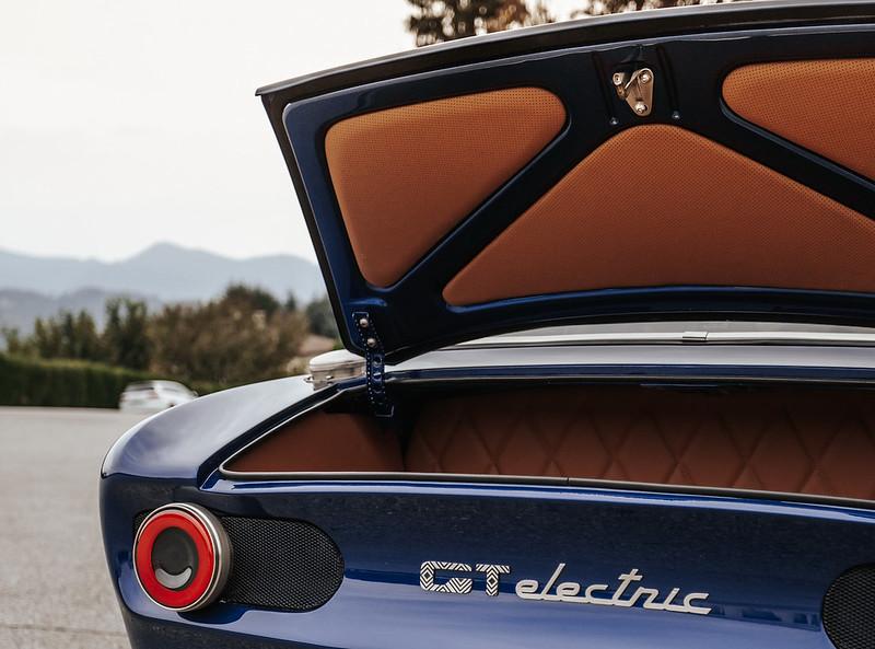 Totem-Alfa-Romeo-GTelectric-06