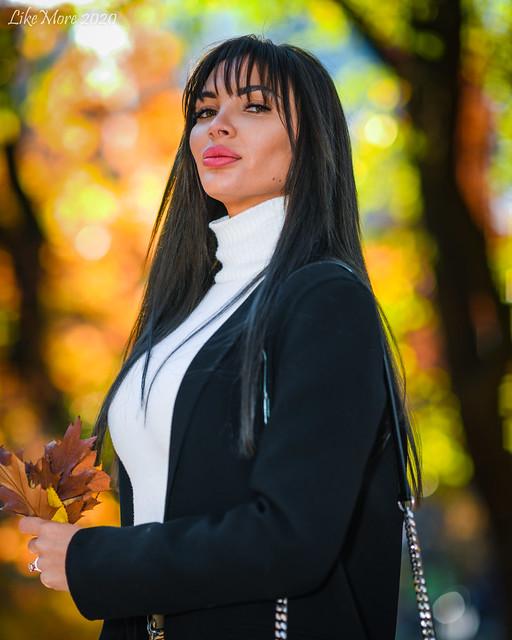 Kateryna Saveiko and Karina-7064