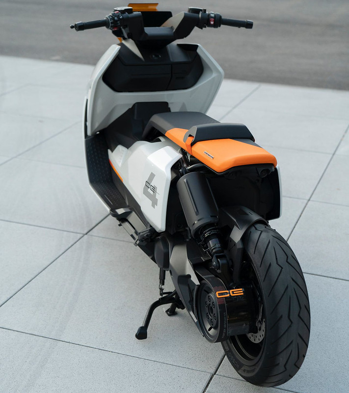 BMW-Motorrad-Definition-CE-04-near-series-electric-scooter-9