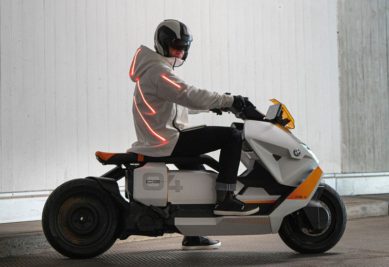 BMW-Motorrad-Definition-CE-04-near-series-electric-scooter-16