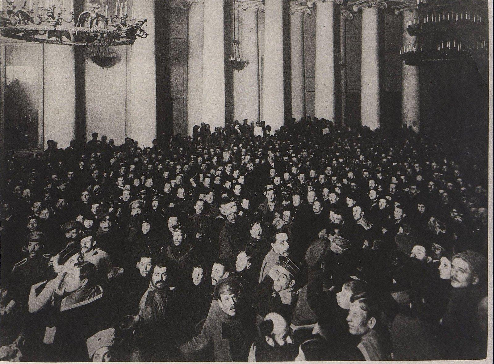 33. Первый день революции в Таврическом дворце