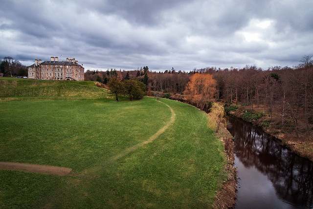 Dalkeith Palace & River North esk