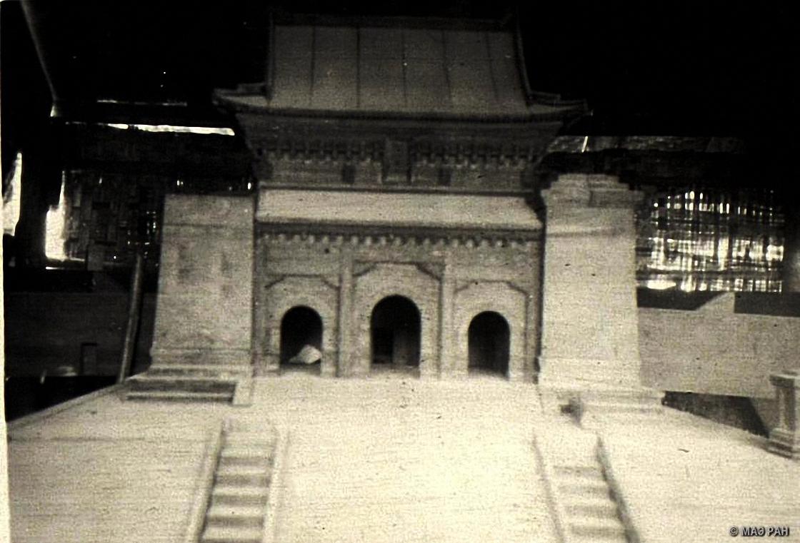 Макет мавзолея Сунь Ятсена (1866-1925), основателя политической партии Гоминдан, строящегося в Нанкине