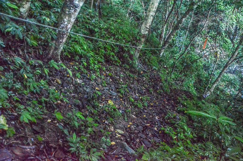 石壁山下切第二處乾溪谷