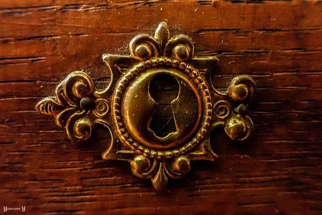 #KeyHole - #MacroMondays - 9079
