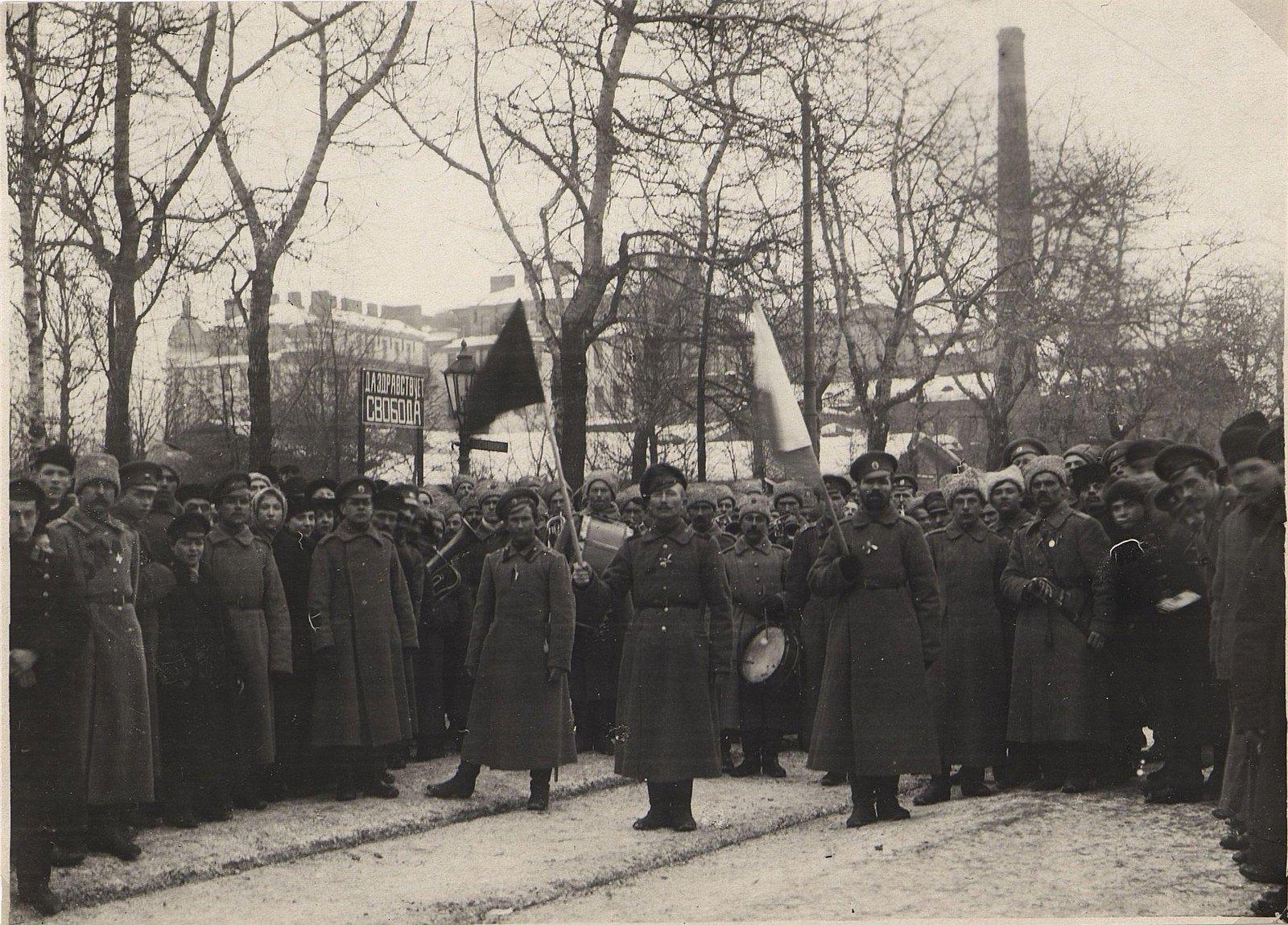 60. Манифестация в Москве в дни Февральской революции