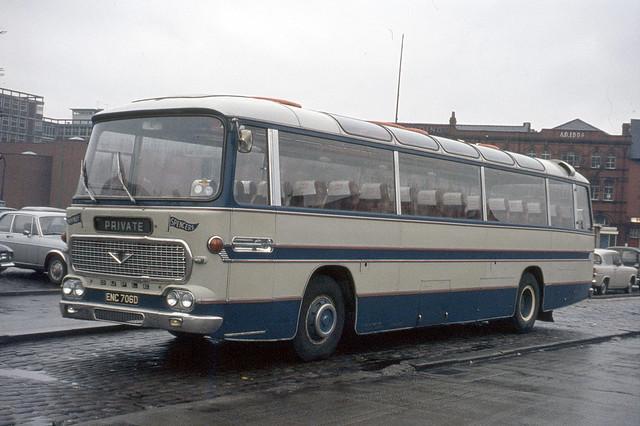 Happiways-Spencers . Manchester , Lancashire . ENC706D . Wigan Town Centre , Lancashire . 01st-April-1972 .