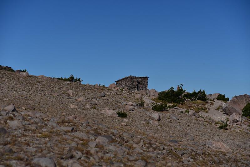 Hiking to Gnarl Ridge