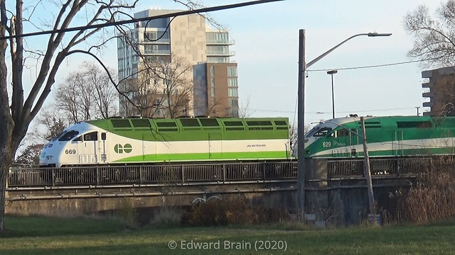 MP54 #669 at Port Credit