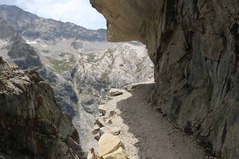 Granite overhang just below the tunnel on the High Sierra Trail