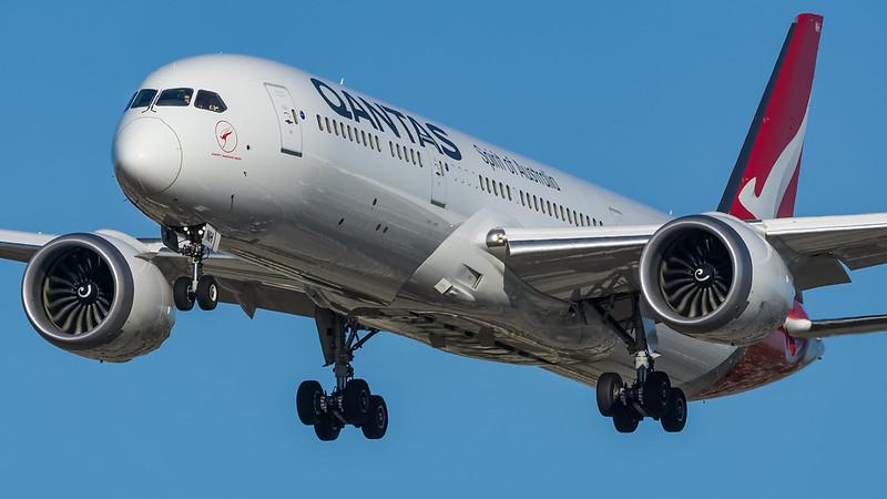Qantas VH-ZNH plb20-02131