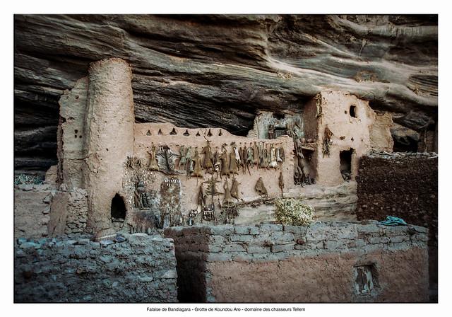 Falaise de Bandiagara - Grotte de Koundou Aro - domaine des chasseurs Tellem