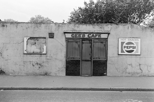 Gees Cafe, Landsdowne Drive, Hackney, 1985 85-ad-14