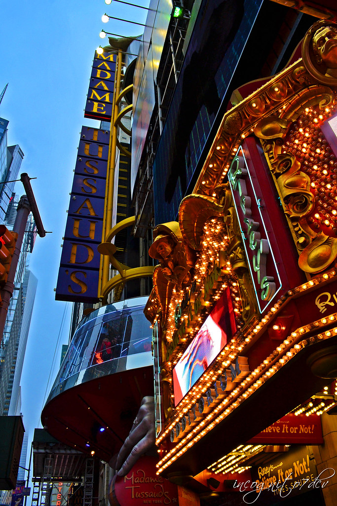 Madame Tussauds & Ripley's 42nd St in Times Square 7th - 8th Ave Midtown Manhattan New York City P00713 DSC_1860