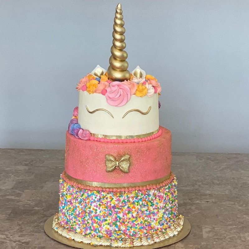 Cake by Cakes N' Stuff