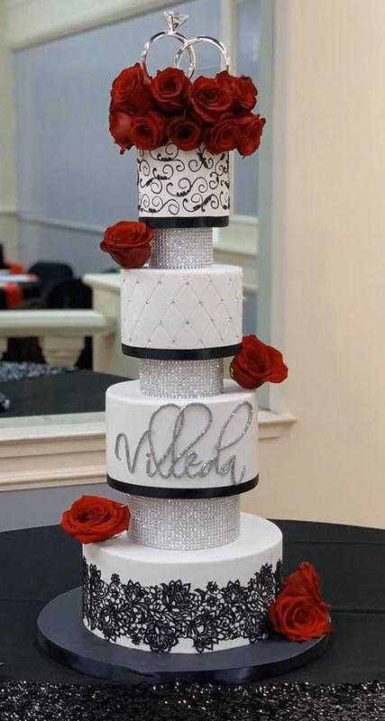 Cake by Joey's Cake