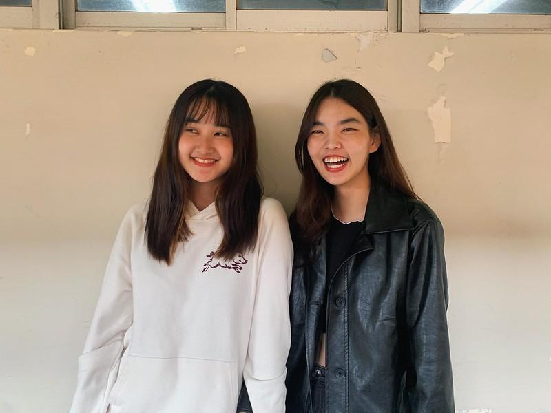 英語啦啦總籌蘇安琪(左)、蘇怡蓉(右)。圖/蘇安琪提供